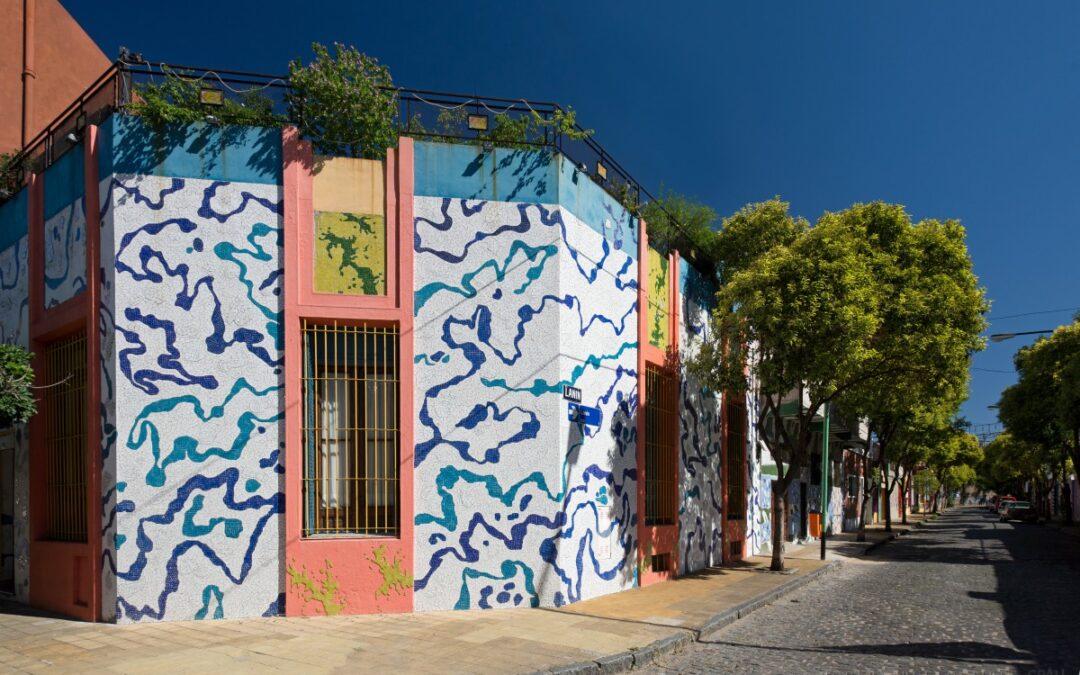 Pasaje Lanín: 20 años de arte público